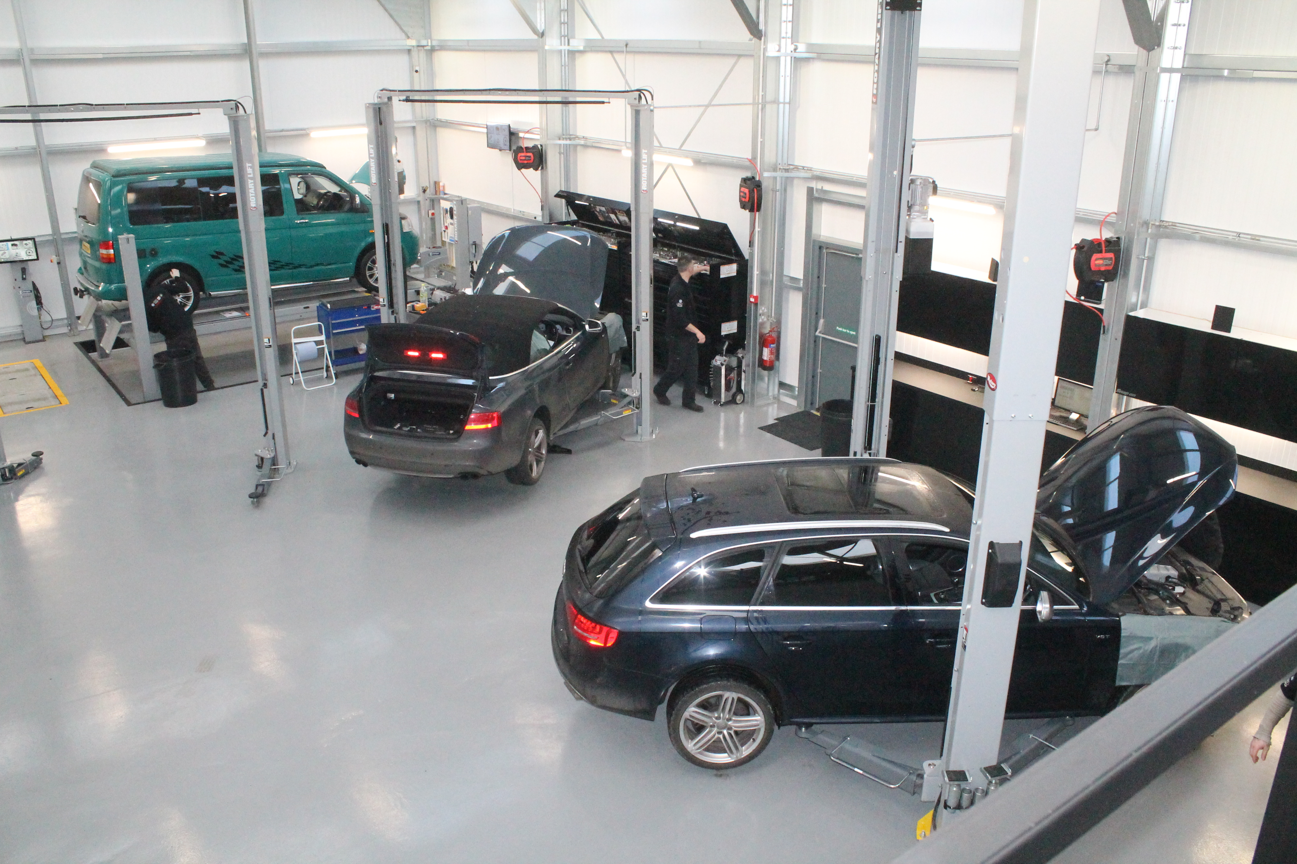 Servicing ALL models and age of Volkswagen, Audi, Seat and Skoda